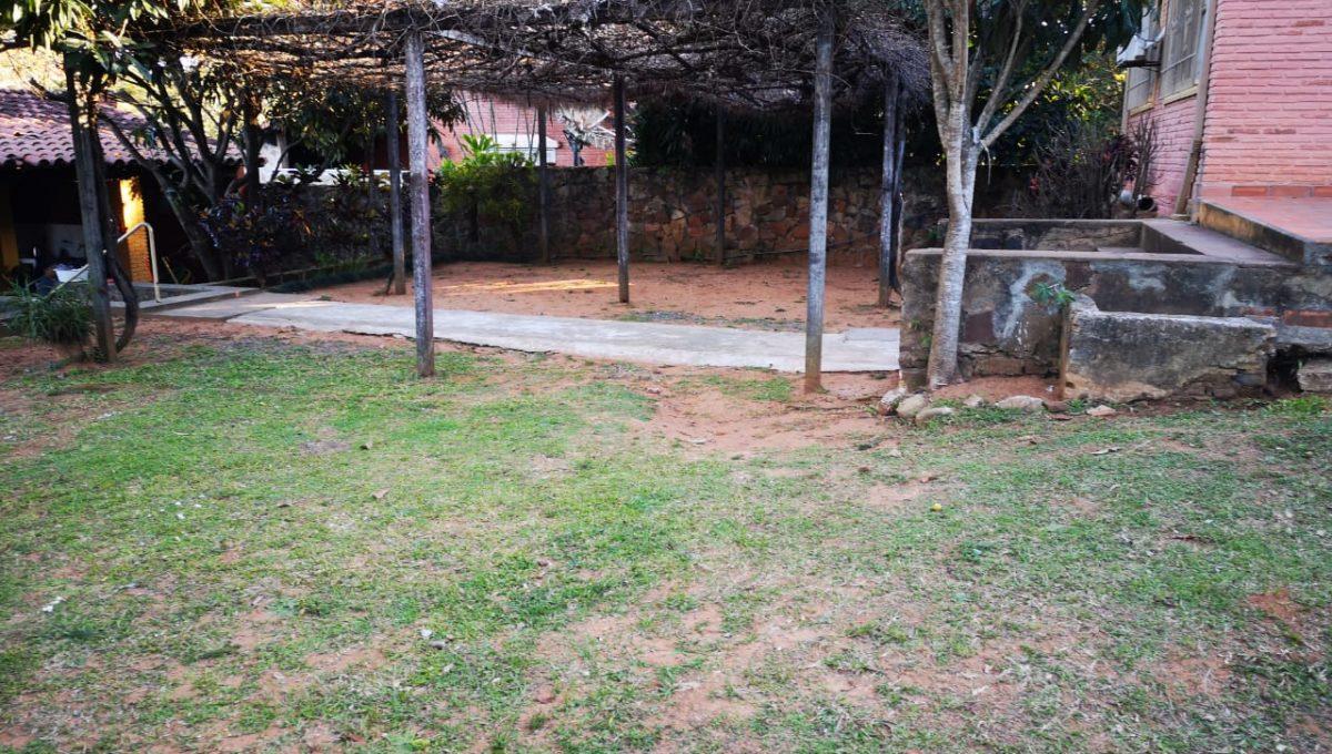Casa Quinta en Caacupe (2)